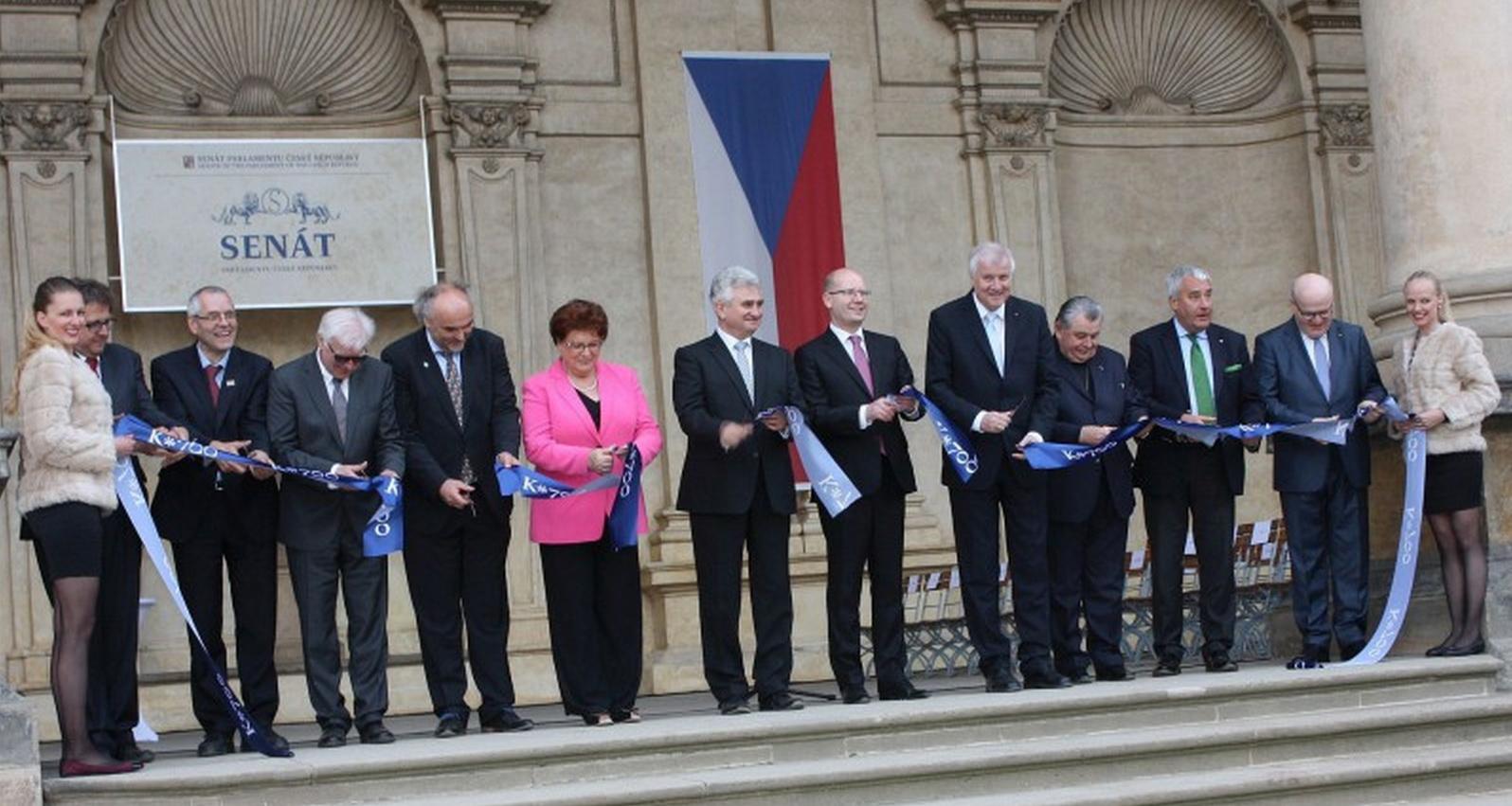 """Feierliche Eröffnung der Bayerisch-Böhmischen Landesausstellung """"Karl IV. 700 Jahre"""" in der tschechischen Hauptstadt Prag."""