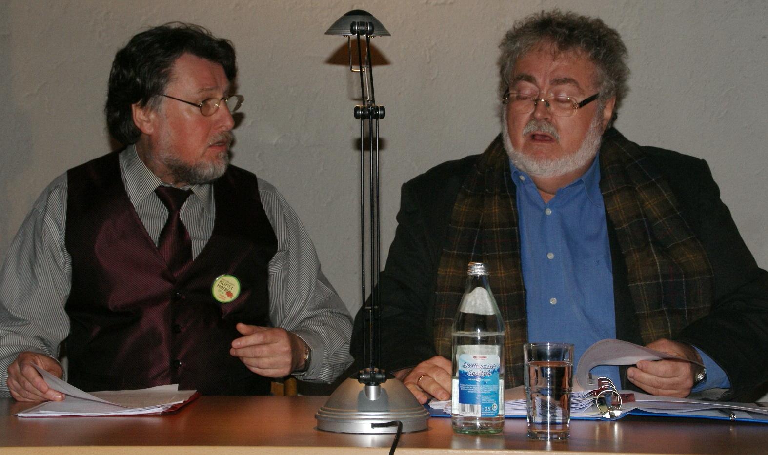 7.10.: Karl Stumpfi (li.) & Wolfgang Huber lesen Karl Kraus in der ev. Versöhnungskirche