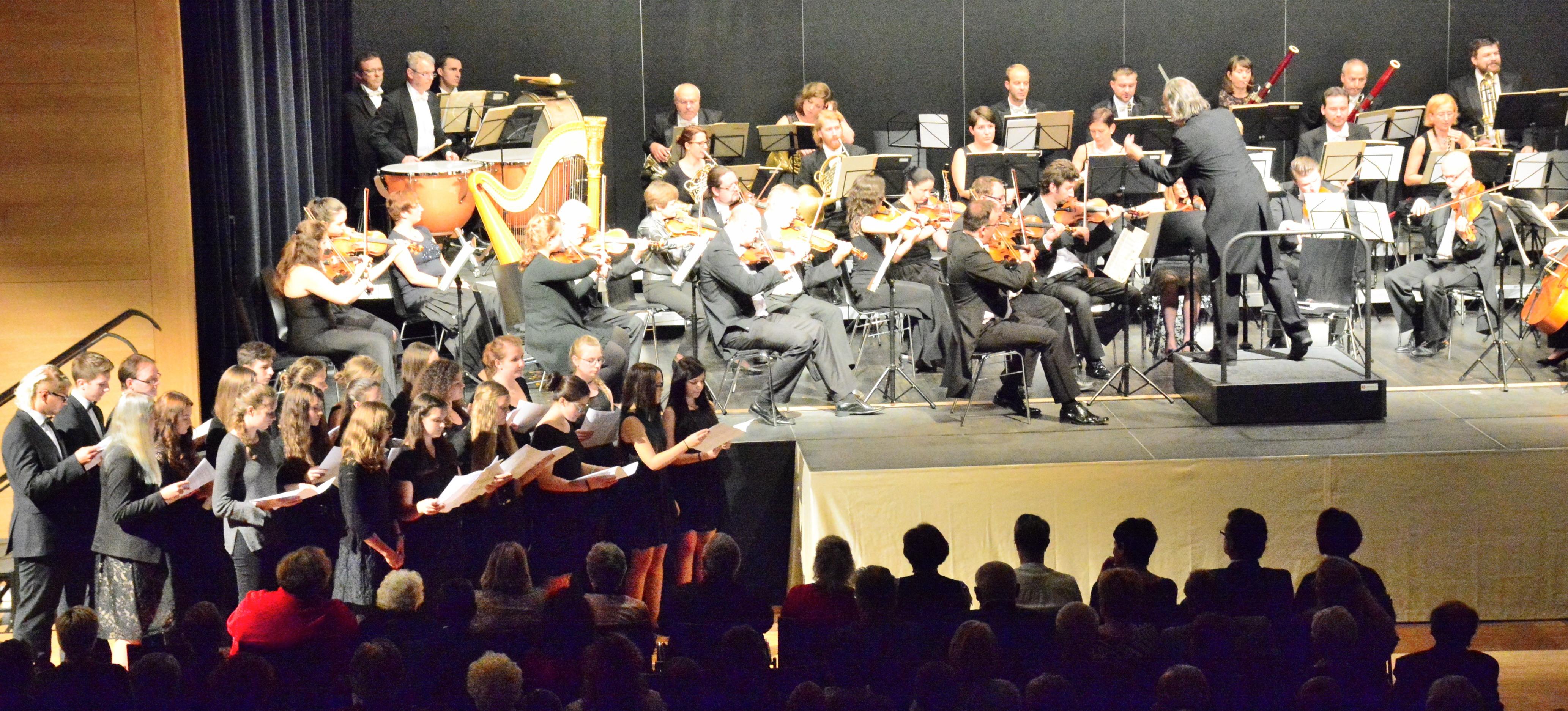 2.10.: Workshop-Chor des Regental-Gymnasiums Nittenau und Smetana Philharmoniker Prag