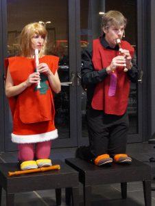 Urkomisches Blockflöten-Duo