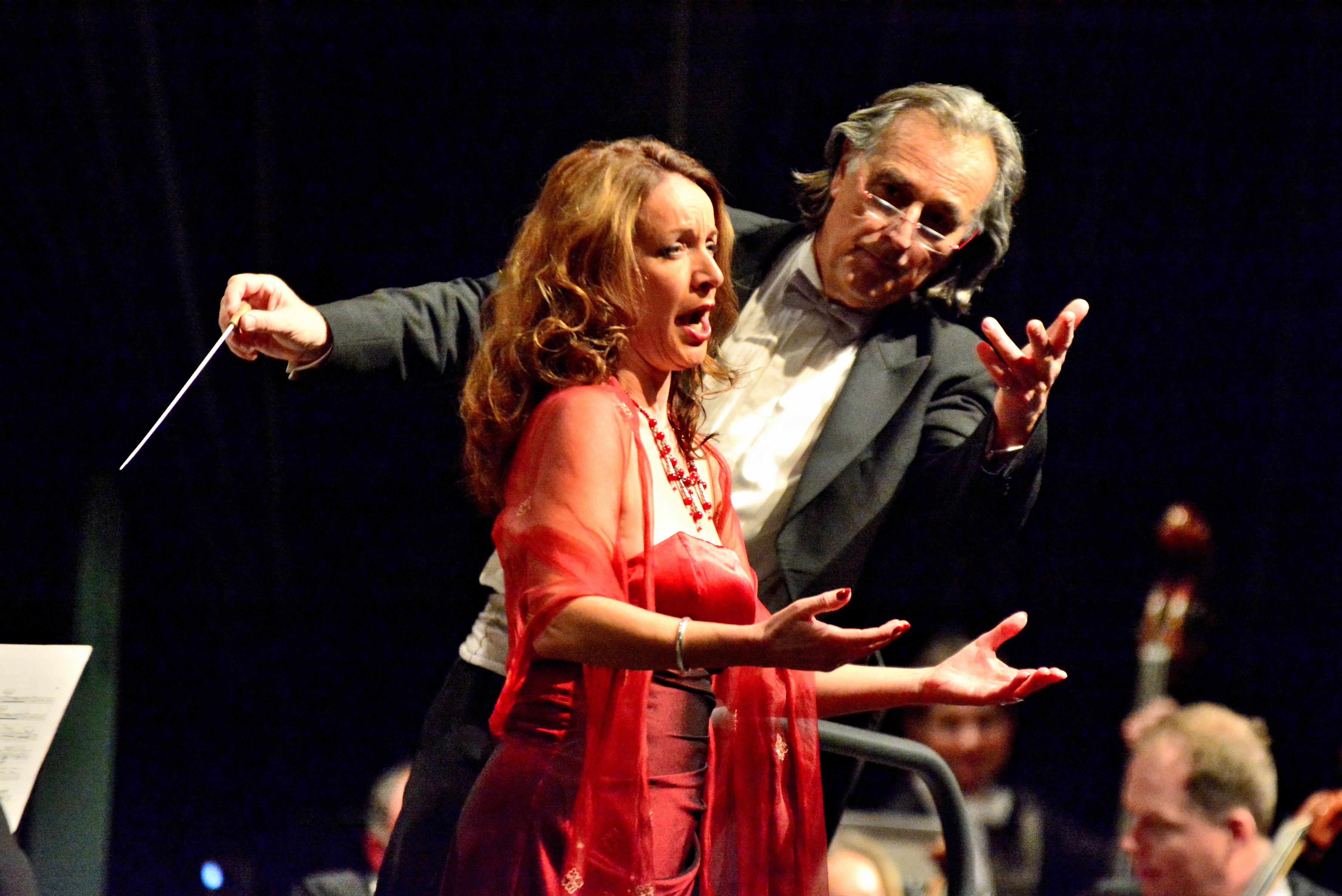 """Die niederländische Sopranistin Marisca Mulder begeisterte das Publikum mit Arien von Giacomo Puccini (""""O mio babbino caro"""" aus """"Gianni Schicci"""") und Franz Lehár (Vilja-Lied aus """"Die lustige Witwe""""."""