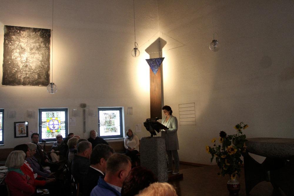 """Eröffnung der Internationalen Kunstausstellung """"Ahoj 17 - Gemeinsame Wege in Glaube und Kunst"""" in der ev. Versöhnungskirche."""