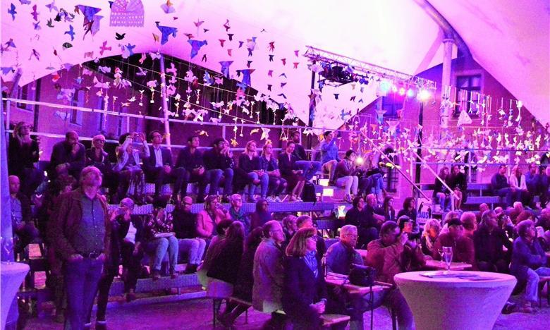 Bleibende Erinnerungen an eine magische Kunst-Nacht im Burghof... Foto: Ralf Gohlke, MZ