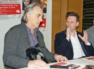 Hans Richter (mit Maskottchen) und Markus Engelstaedter erläuterten den Medienvertretern ihre Pläne für den 2. 10. 2019.