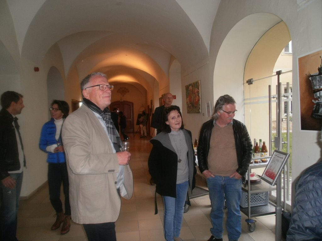 1. Vorsitzender Peter Wunder begrüßte eine ansehnliche Schar kunstinteressierter Besucher.