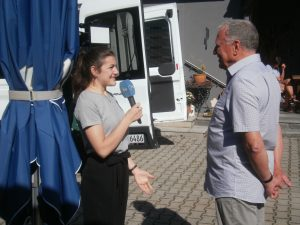 Vor Reiseantritt interviewte OTV den KVU-Vorsitzenden. Foto: K. Stumpfi