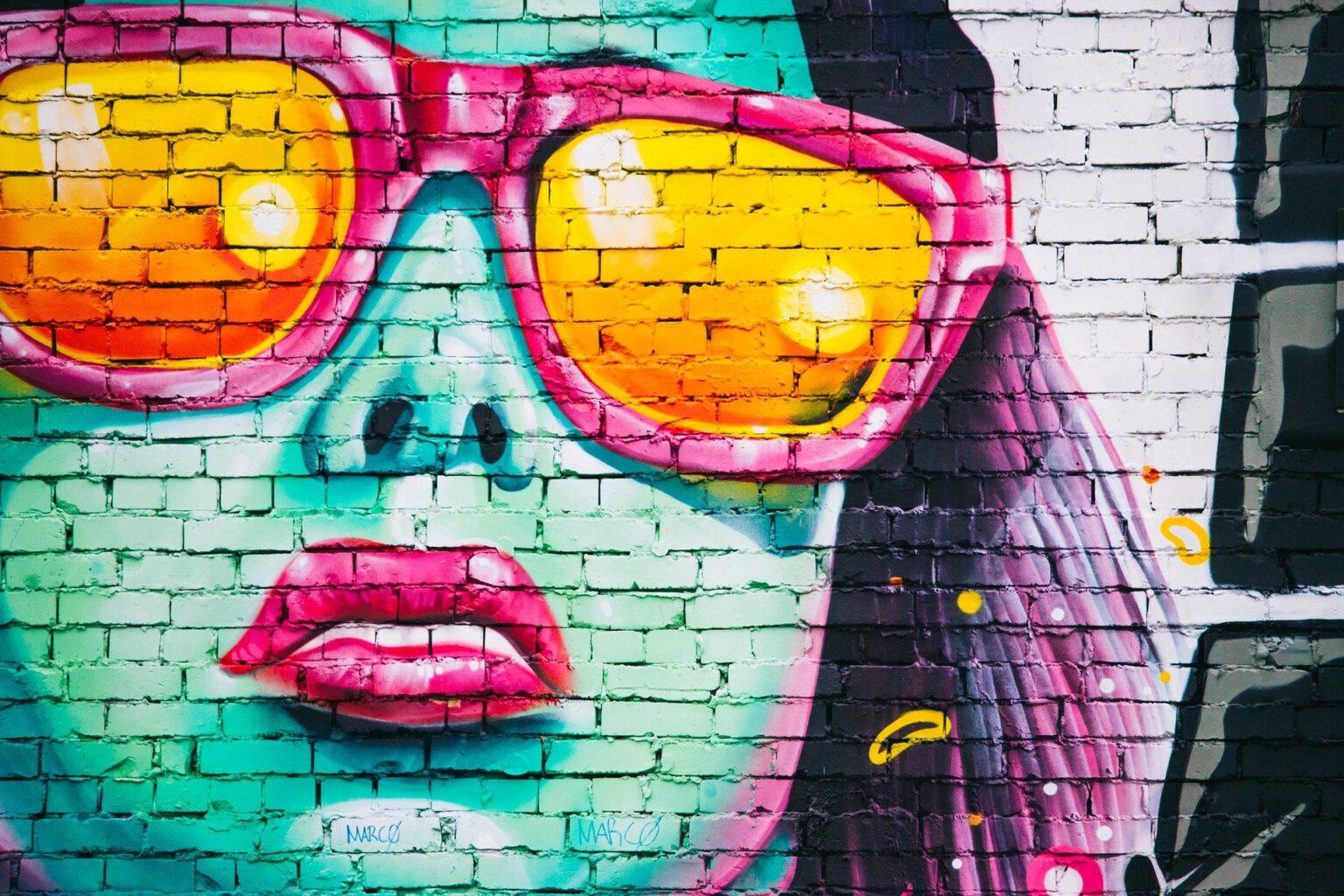 """Drei Workshops bietet der KVU Neunburg im Rahmen der Kunst- und Kulturtage 2021 des Kreisjugendrings an, darunter auch """"Kreatives Malen im Graffiti-Style""""."""