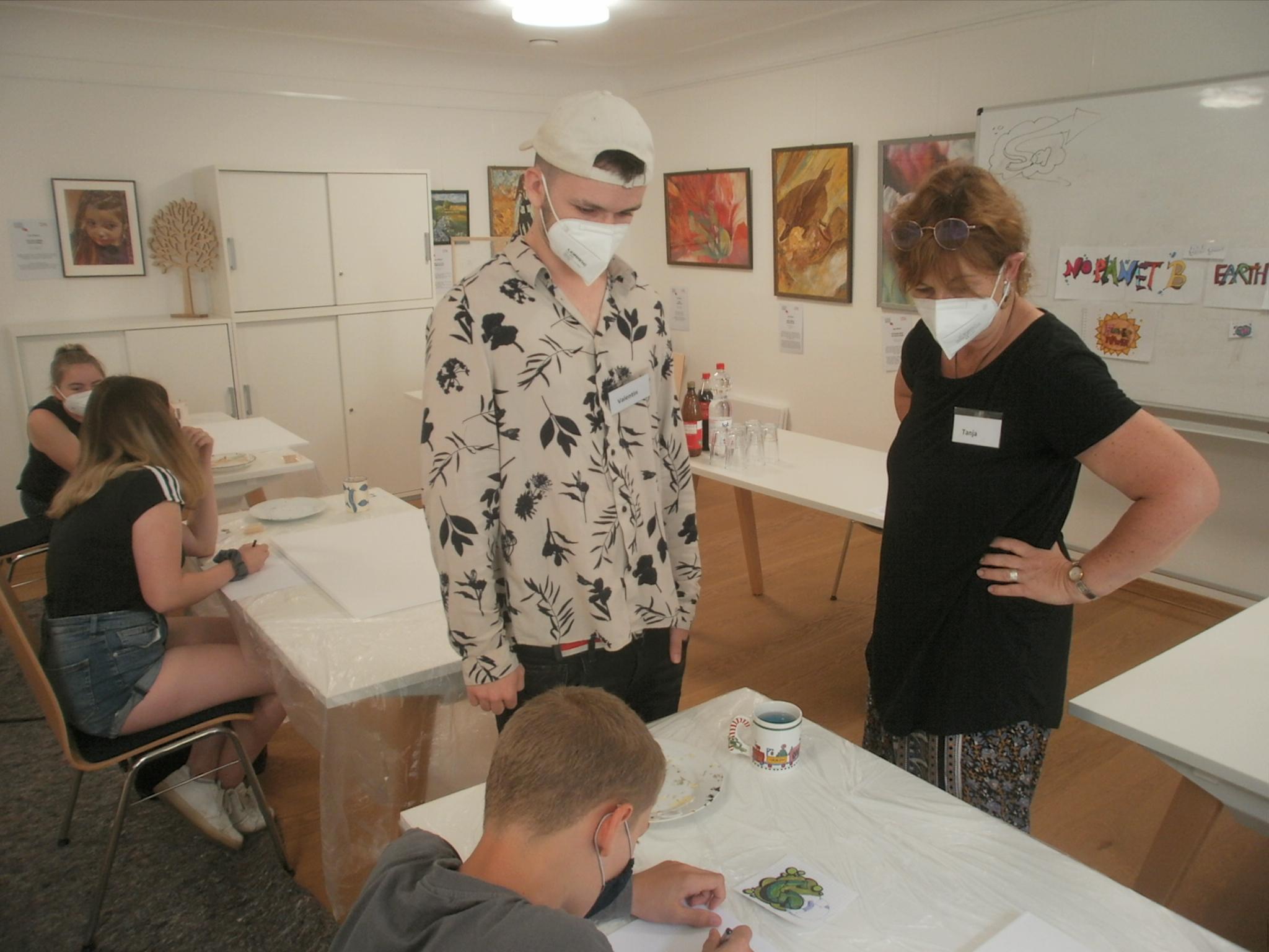 Die Workshop-Leiter Tanja und Valentin Lennert standen den Jugendlichen mit Rat und Tat zur Seite.